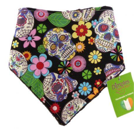 Dimples dog bandana Mexican skulls pink black front