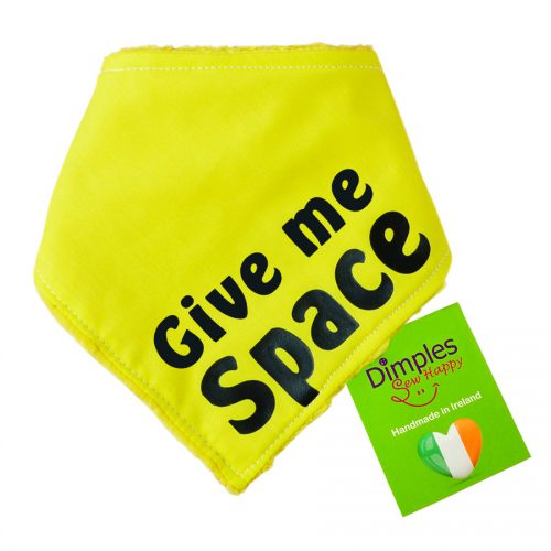 Yellow dog bandana - Give me space - for anxious / nervous dogs